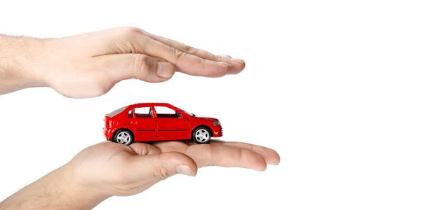 Seguros e boleias: como funciona para condutores e passageiros